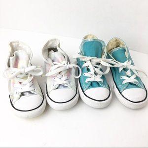 🌟 (2) SZ 10 Kids Chuck Taylor All Star Sneakers